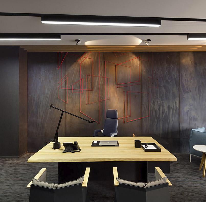 стол директора, массив ясеня и металл, для проекта студии www.incubedesign.com