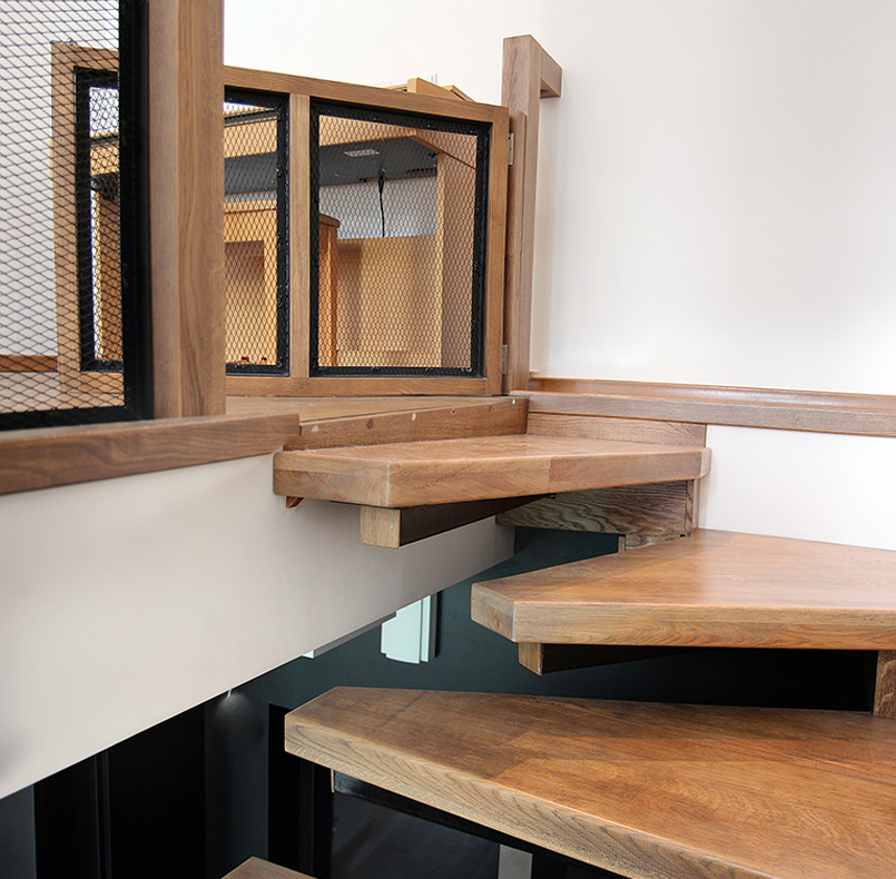The staircase of solid oak